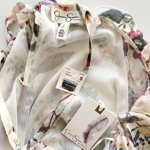 Jessica Simpson Tops - NWT Jessica Simpson Floral Top Size Small